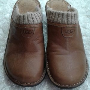 Ugg tan clogs size 8 vguc